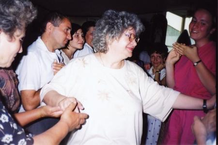 Doamna Desanca in sala Templului