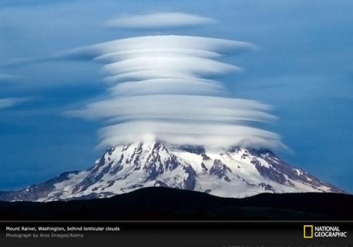 lenticular-clouds-agr1n8-sw1