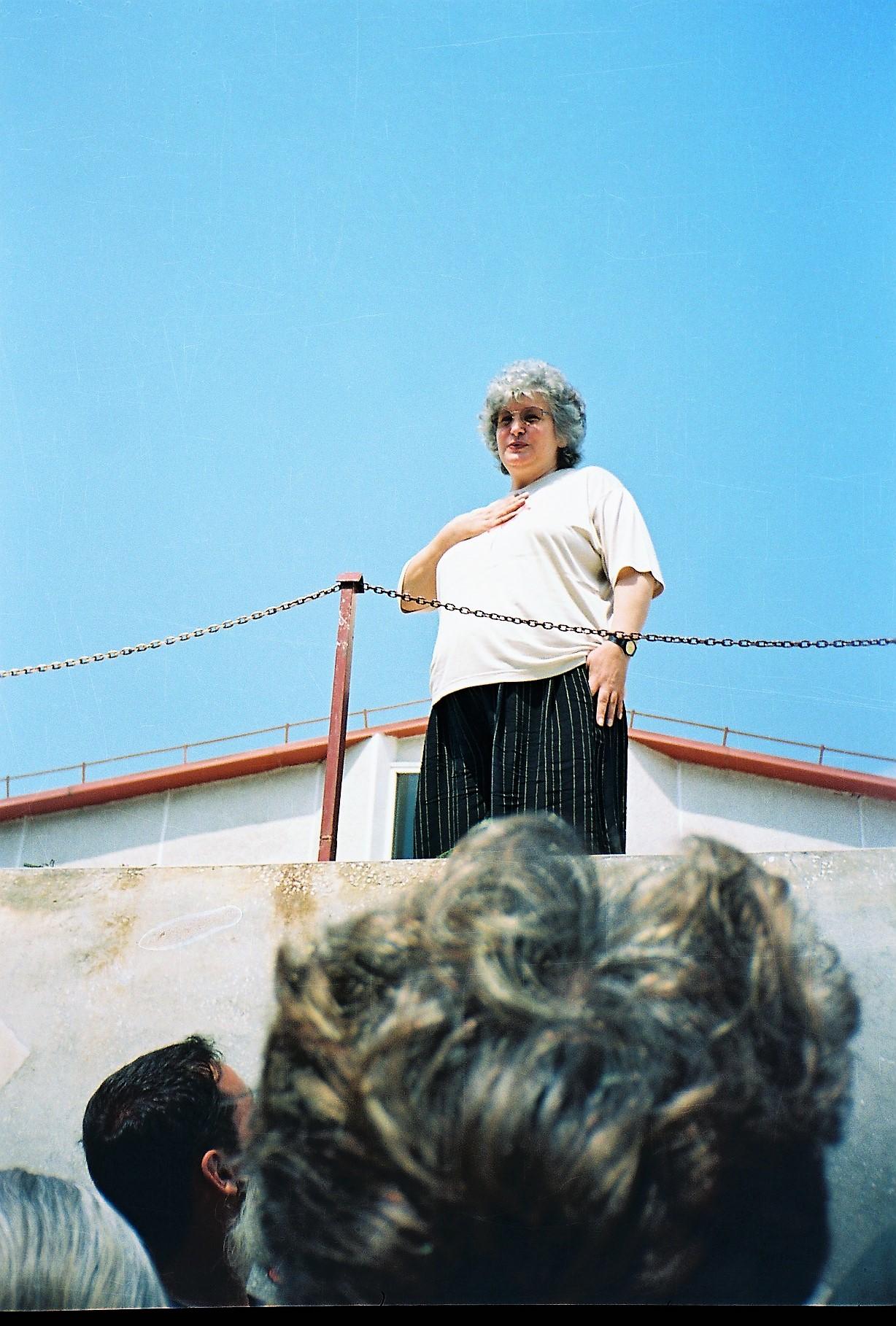 15 August 1998 - Transformarea trupului fizic al Doamnei Desanca în trup de Lumină - având mărturia a sute de oameni